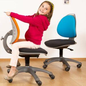 Krzesła, fotele i taborety